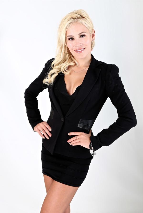Canadian_Celebrities_Theresa_Longo_Model