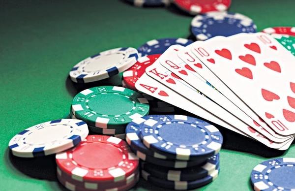 Celebrities+Who+Gamble