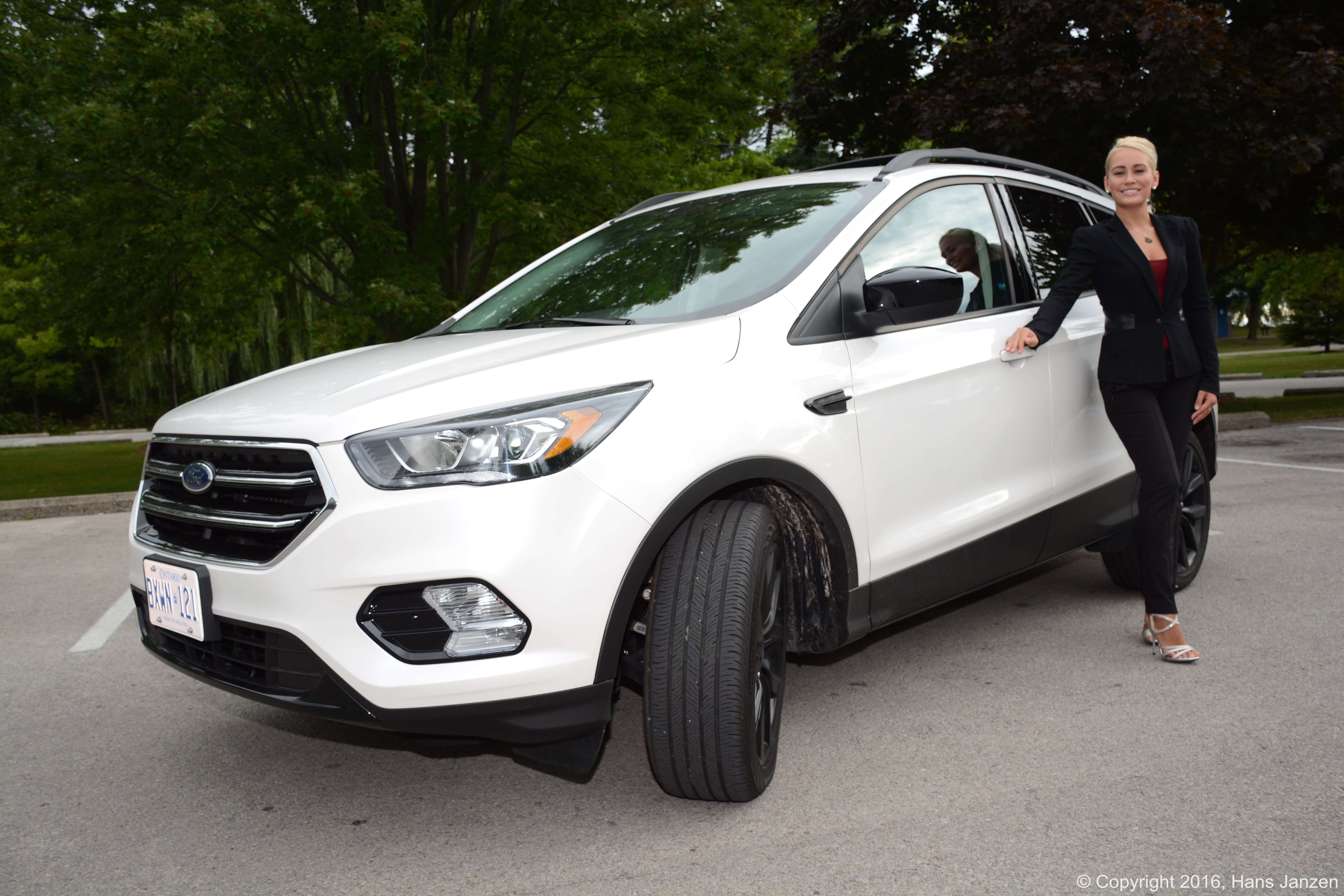 Ford Escape Se >> The 2017 Ford Escape: Consumer Car Review | Theresa Longo