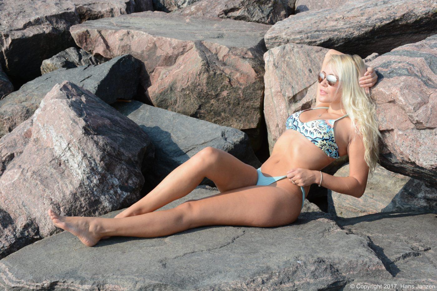 Beachside+Theresa+Longo