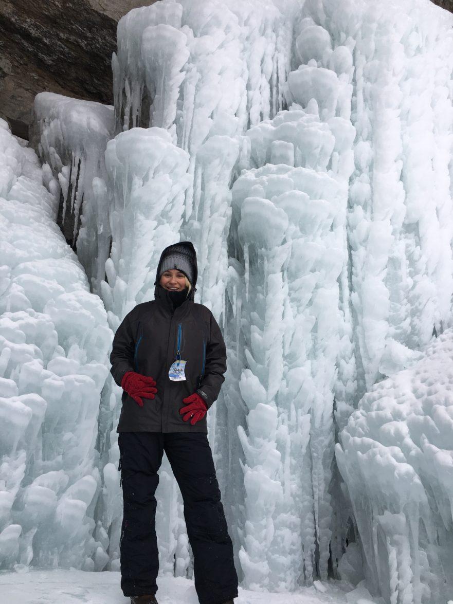 Frozen-Bridal-Veil-Falls