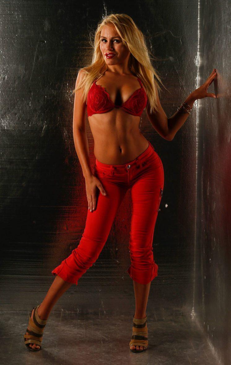 Theresa-Longo-Top-Model
